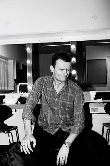 Frank Hvam Backstage