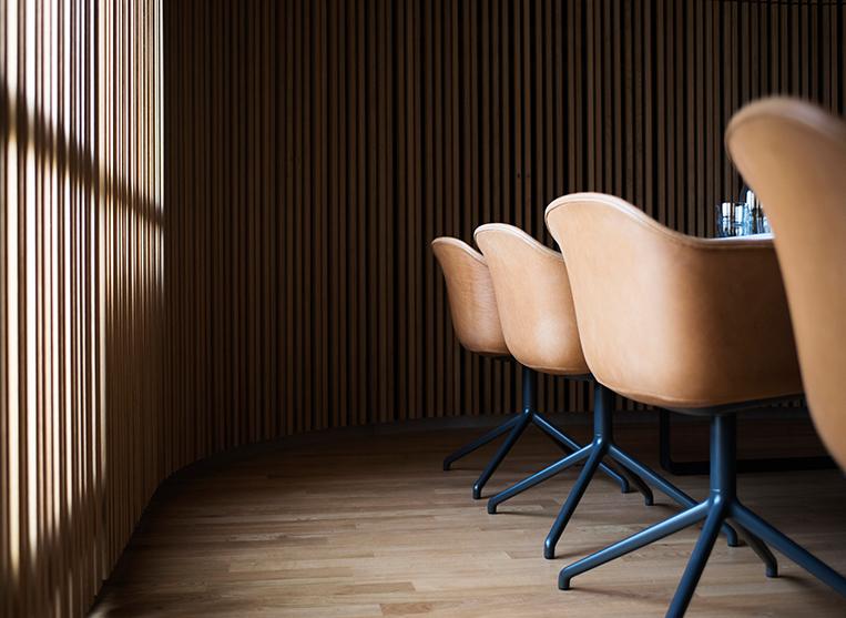 Meeting room by Muuto